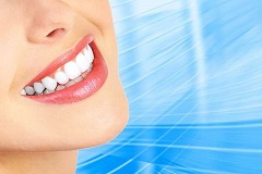 Make Use of Teeth Whitening Toothpaste
